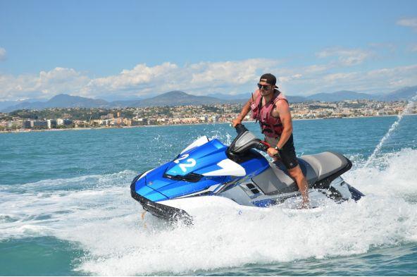 Jet Ski à Villeneuve Loubet